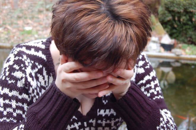 Girl sorrow-and-worry